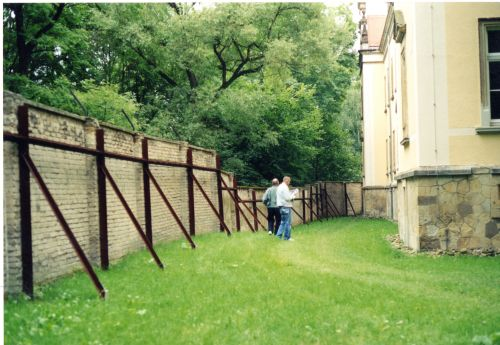 pirna - outside gas chamber 2002369